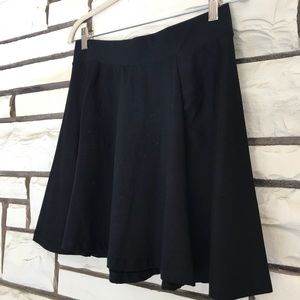Divided cute flare skirt